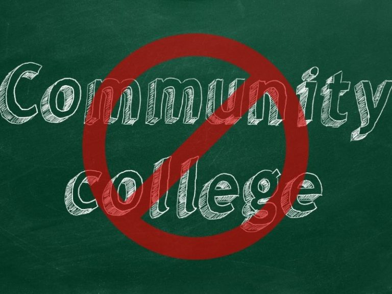 Four Reasons Why Community College Can Deny You