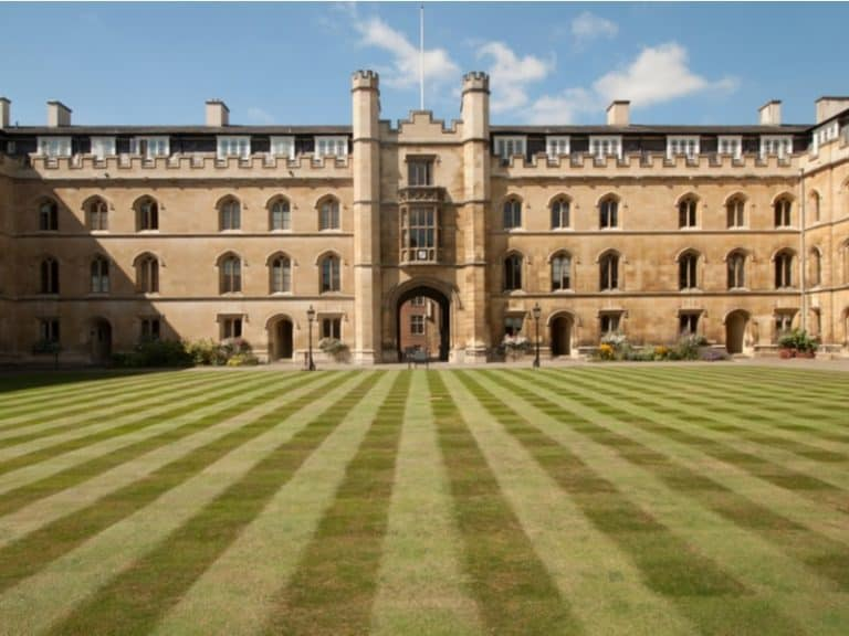 How to Get Into Cambridge: A Guide for US Students