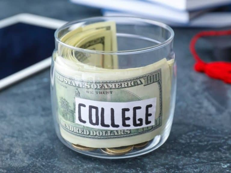 425 Colleges Charging In-State Tuition for Out-of-State Applicants